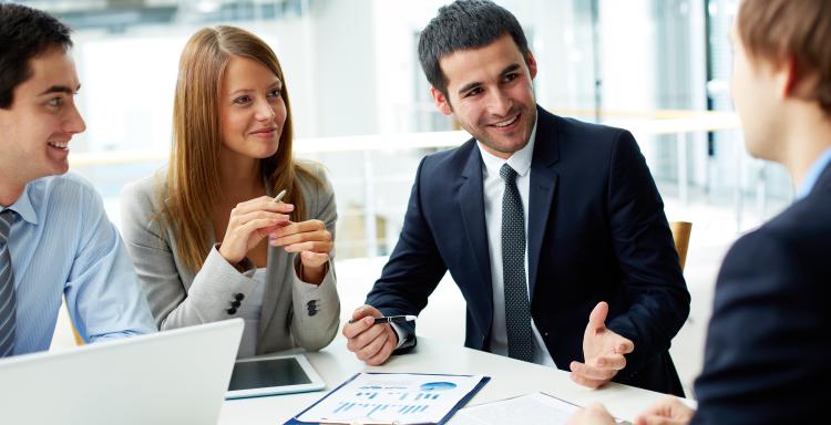 Opt moduri prin care un soft CRM poate reduce costurile în firmă