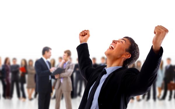 """25 de citate motivaționale pentru agenții de vânzări. """"În fiecare luni sunt cu o vânzare mai aproape de momentul în care o sa devin milionar"""""""