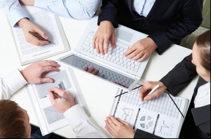 Afacerile din industrie au crescut în primul trimestru cu 2,5%